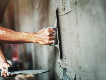 Rénover une maison en ruine pour la revendre